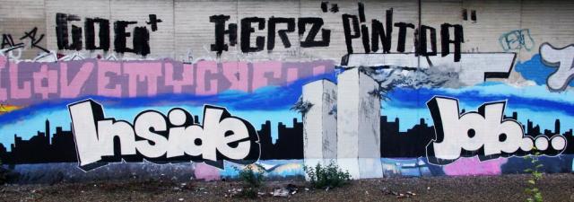 political-graffiti-911-inside-job-dortmund-mauer
